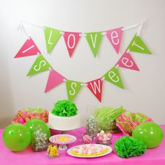 DIY Flag Banner Kit | #exclusivelyweddings | #limegreenwedding