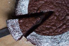 Nigella Lawson's glutenvrije en lactose vrije chocoladecake Suiker vervangen