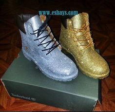 * These are authentic Timberland Boots *You can request any glitter color.. * If you mail your own boot in it will be $50 plus shipping * Design process takes about 3-4 weeks to produce. Please read t