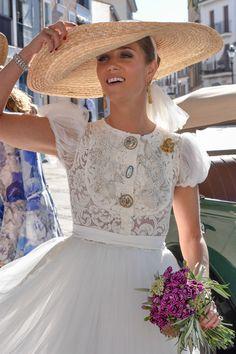 Novias: los mejores beauty looks http://stylelovely.com/bodas/claves-beauty-toda-novia-conocer/