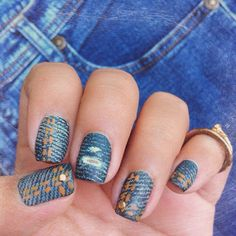 Denim nails. (by @blueberrymore on IG)