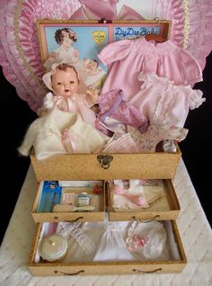 Vintage 1930s Effanbee Dy-Dee Mold 1 Doll, 3-Drawer Trunk, Outfits, Accessories #Effanbee