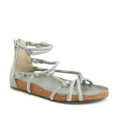 Free People 'Redlands' Sandal (145.655 COP) ❤ liked on Polyvore featuring shoes, sandals, blue, blue shoes, rubber sole shoes, blue sandals, bohemian style shoes and blue strap shoes