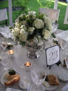 White Rose Centerpiece by Aria Style / www.ariastyle.com / https://www.facebook.com/AriaStyle / http://instagram.com/ariastyleseattle