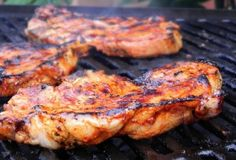 Marinade for pork chops in the oven: For chops … – Dinner Recipes Easy Healthy Recipes, Meat Recipes, Easy Meals, Dinner Recipes, Cooking Recipes, Pork Chop Marinade, Marinade Sauce, Marinade Porc, Soy Sauce