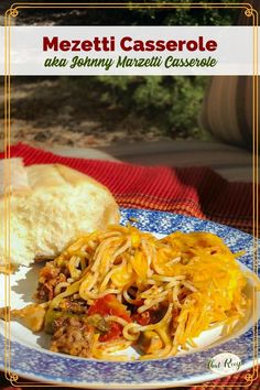 This simple beef, mushroom and noodle casserole is a delicious one pot meal the whole family will love. Great for camping. #campingrecipes #beefnoodlecasserole #homemadehamburgerhelper #skilletmeal Chicken Fajita Casserole, Healthy Casserole Recipes, Chicken Fajita Recipe, Chicken Fajitas, Easy Chicken Recipes, Noodle Casserole, Easy Recipes, One Pot Meals, No Cook Meals
