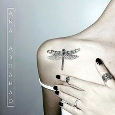 dragonfly-tattoo-designs-for-women-28