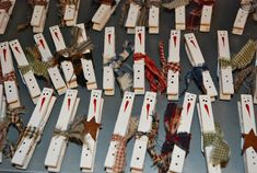 Another Holiday Dollar Store Craft: Snowman Clothespin Magnets – Eyeballs By Day, Crafts By Night Snowman Crafts, Holiday Crafts, Dollar Store Crafts, Dollar Stores, Kids Christmas, Christmas Ornaments, Preschool Christmas, Clothespin Magnets, Clothespins