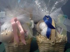 What a great buy - a #baby gift basket for just $20 #gifts #deals