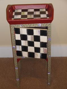 The artist of this fun piece is one of my students, created during one of my classes.www.furnitureartbygerri.com
