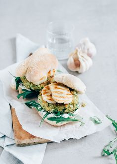 COURGETTE BURGER WITH HALLOUMI