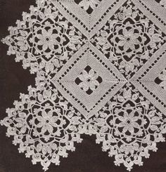 Vintage Crochet PATTERN to make - Block Lace Motif Flower Pillow Tablecloth Bedspread. NOT a finished item. This is a pattern and/or instructions to make the item only.