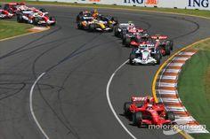 Start, 1st, Kimi Raikkonen, Scuderia Ferrari, F2007, 2nd, Nick Heidfeld, BMW Sauber F1 Team, F1.07, 3rd, Lewis Hamilton, McLaren Mercedes, MP4-22