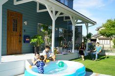 爽やかな風を感じるカリフォルニアスタイルの家 House Design, Outdoor Decor, Home Decor, Decoration Home, Room Decor, Architecture Design, Home Interior Design, House Plans, Home Design