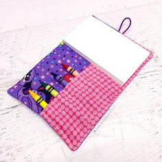 These adorable My Little Pony themed Doodlebug Crayon Wallets are the perfect gifts for children who love to draw and color. When folded up, their compact size allows them to fit perfectly in a purse,
