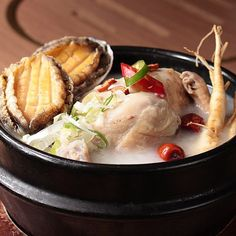 ⭐️⭐️⭐️⭐️⭐️ 전복삼계탕 / Ginseng Chicken Soup with Abalones sorabol Korean restaurant in TST This awesome food is Korean traditional health food. Specially people love to eat this during hot summer. . #新羅寶 #홍콩맛집 #홍콩맛집 #韓國 #korean #koreaninhk #koreanfoodinhk #韓食 #삼계탕 #중복 #여름음식 #foodie #foodiehk #koreanfood #치킨 #foodphoto #맛스타그램 #먹스타그램 #음식사진촬영