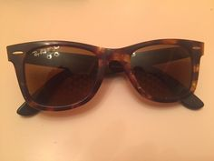 Ray Ban Sunglasses Wayfarer Tortoise Frame Polarized Lens with Case