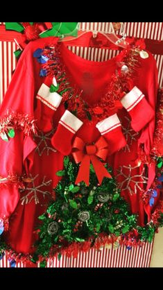 Tacky Christmas Outfit, Unique Christmas Stockings, Best Ugly Christmas Sweater, Xmas Sweaters, Christmas Clothes, Christmas Costumes, Ugly Sweater, Christmas Heaven, Office Christmas