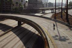 「都会の孤独」 誰もいない #ロサンゼルス を滑走するボーダーたちの映像 – URBAN ISOLATION BY RUSSELL HOUGHTEN - http://japa.la/?p=40816 #スケボー #スケートボード