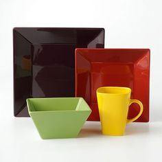 Not food - but dinnerware I want when its back in stock. Food Network Square & BERRY SQUARE DINNERWARE SET - SET OF 16 Complete set of Berry ...