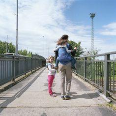 2016. július 3. - Melinda, Katica és Nimród - Babahordozás generációról generációra | 3 July, 2016 - Melinda, Katica and Nimród - Babywearing from generation to generation  #carrymeproject #cmp #hordozás #babywearing #family #sister #brother #testvér #játékhordozó #toycarrier #future #jövő #life #élet #game #játék #generation #generáció #walking #séta #urban #városi