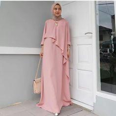 Style Hijab Casual Kondangan 36 New Ideas Modest Fashion Hijab, Street Hijab Fashion, Abaya Fashion, Fashion Outfits, Hijab Casual, Modest Dresses, Modest Outfits, Muslim Long Dress, Moslem Fashion