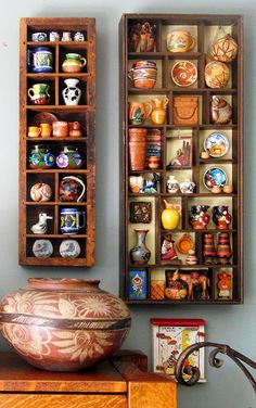 Small collectibles look great in sectioned display boxes. Mexican Kitchen Decor, Mexican Home Decor, Mexican Kitchens, Hacienda Kitchen, Southwest Decor, Home Decor Paintings, Display Boxes, Bohemian Decor, Traditional House