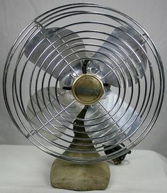 Vintage Mid 20th Century Manning Bowman~McGraw Edison Table Fan Metal Art Deco Cast Iron Base Works Great!
