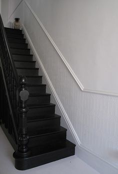 all black painted stairs. If i had stairs, they would be black stairs. Black Stair Railing, Black Staircase, Staircase Design, Staircase Ideas, Basement Stairs, House Stairs, Black Painted Stairs, Black Walls, Victorian Hallway