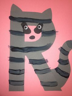 R is for raccoon. Craft for November Letter R Activities, Preschool Letter Crafts, Alphabet Letter Crafts, Abc Crafts, Alphabet For Kids, Animal Alphabet, Classroom Crafts, Preschool Activities, Toddler Crafts