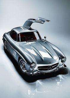 Classic Mercedes-Benz 300SL gull-wing