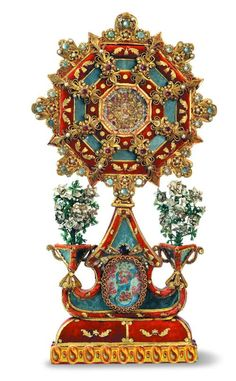 Reliquary monstrance, paste relics, paper and mica, cm end of sec. XVIII: Arte e Arti Old Paper, Paper Art, Paper Crafts, Origami And Quilling, Paper Quilling, Quilling Patterns, Lost Art, Detail Art, Flower Images