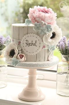 Swooning Over These Amazing Wedding Cakes - MODwedding Cake: Cotton Crumbs