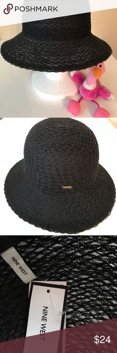 NINE WEST STRAW HAT Beautiful Nine West packable straw hat. Can be worn in  several ca9a7c3c421c