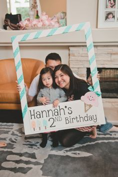 Having hosted not one, not two but five birthdays so far for my little girl, I'm always on the hunt for inspiration that doesn't feel like your run of the mill party. Enter...Hannah's ADORABLE ice cre...