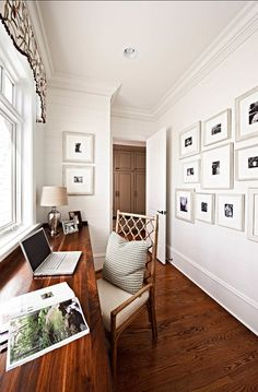 Browse pictures of home office design. Here are our favorite home office ideas that let you work from home. Shared them so you can learn how to work. Office Nook, Home Office Space, Home Office Design, House Design, Hallway Office, Office Designs, Office Decor, Office Ideas, Library Design