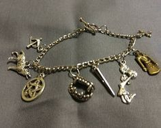Buffy the vampire slayer charm bracelet - spike - angel - witchcraft - cosplay - fandom