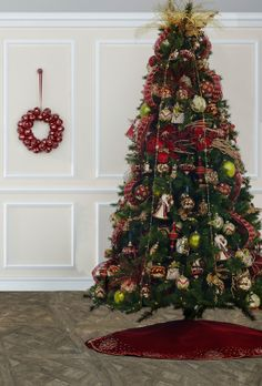 Give your #Christmas tree some #Dillards flair! | It's Beginning ...