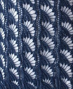 Un joli point coquillage ajouré de tricomuse.blogspot.fr - free