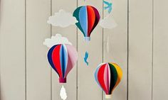 Make a simple, colourful hot air balloon mobile from the new Belle & Boo Book of Craft (tuto) Crafts To Make, Crafts For Kids, Arts And Crafts, Paper Crafts, Diy Crafts, 3d Paper, Toddler Crafts, Hot Air Balloon Paper, Diy Hot Air Balloons