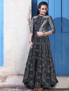 Indian Dresses Online, Indian Gowns, Prom Dresses Online, Gowns Online, Pakistani Dresses, Indian Outfits, Indian Wear, Long Gown Dress, Lehnga Dress