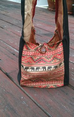 Hey, I found this really awesome Etsy listing at https://www.etsy.com/listing/199400372/elephant-mini-shoulder-bag-sling-hippie