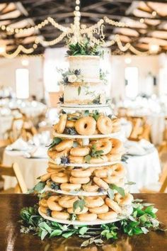 Donut Wedding Cake, Wedding Cake Display, Wedding Cake Images, Wedding Donuts, Summer Wedding Cakes, Wedding Cupcakes, Summer Weddings, Fondant Wedding Cakes, Spring Wedding