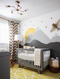 chambre bebe complete, jolie chambre bébé mixte, tapis jaune pour la chambre d'enfant