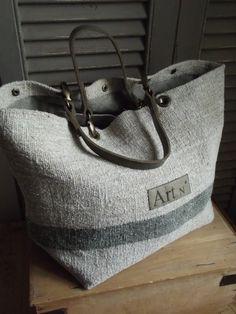 Image of Basic Bag My Style Bags, Diy Sac, Gucci Tote Bag, Tote Bags Handmade, Jute Bags, Linen Bag, Fabric Bags, Big Bags, Quilted Bag