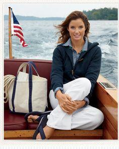 I love the clean nautical look. Nautical Outfits, Nautical Fashion, Preppy Outfits, Classic Outfits, Summer Outfits, Classic Clothes, Preppy Fashion, Ladies Fashion, New England Prep