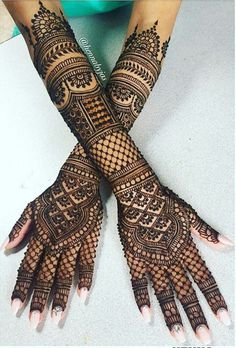 The trend of groom mehndi is taken from India. You people found unique,easy and beautiful Groom Mehndi Designs.Mehendi is enhanced the beauty of your hands. Here in this article, we are going to show different Arabic bridal mehndi designs for girls. Arabic Bridal Mehndi Designs, Wedding Henna Designs, Rajasthani Mehndi Designs, Engagement Mehndi Designs, Mehndi Design Pictures, Modern Mehndi Designs, Mehndi Designs For Girls, Beautiful Mehndi Design, Dulhan Mehndi Designs