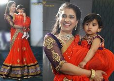 Mom and Daughter Matching Dresses Design - Kurti Blouse Mom Daughter Matching Dresses, Mom And Baby Dresses, Girls Dresses, Mother Daughter Fashion, Mother Daughters, Half Saree Designs, Blouse Designs, Kids Lehenga, Kids Gown