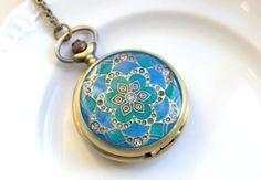 Pocket Watch Clock Necklace. Love!