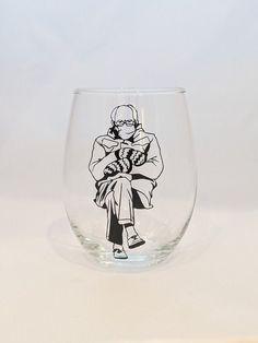 Bernie Sanders - Funny Wine Glass Funny Coffee Mugs, Coffee Humor, Wine By The Glass, Glass Photo, Bernie Sanders, Funny Wine, Hand Washing, Dishwasher, Handmade